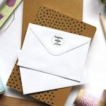 Atelier Mumu Tampon mariage personnalisable, tampon rond personnalisé, motif coeur, diamètre 3 cm, fabrication sur mesure en France de la marque Atelier Mumu image 1 produit