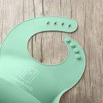Bavoir imperméable pour bébé en silicone avec nettoyage facile. Set de 2couleurs (Rose/Mauve) yambino® de la marque Yambino image 2 produit