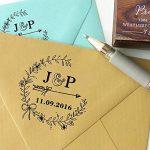 Bois Mounted Tampon encreur personnalisé Monogramme Stamp Engagement Cadeau de la marque Printtoo image 1 produit