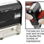 Excelmark Veuillez signer et retour auto-encreur Tampon en caoutchouc–ENCRE Rouge (42a1539web-r) de la marque ExcelMark image 1 produit