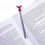 TROIKA BOOKMARK WHAWHAA – BKM21/PK – signet – Chihuahua, chien, petit chien, pour passionnés de lecture et rats de bibliothèque – fonte métallique– brillant – rose vif, argent – TROIKA-original de la marque Troika image 1 produit